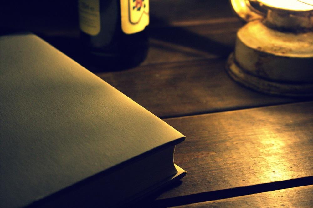 本とキャンドル
